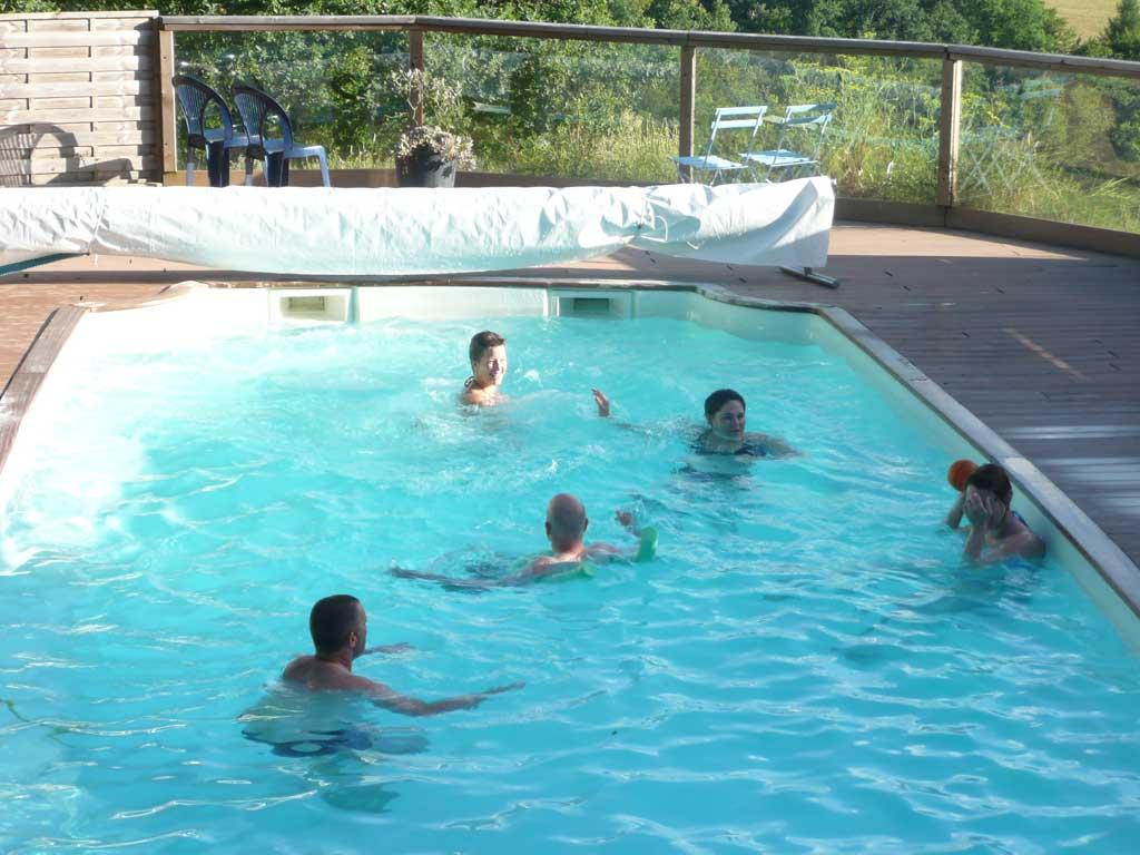 Gite avec piscine collonges la rouge g tes beaulieu sur for Location gite avec piscine aveyron